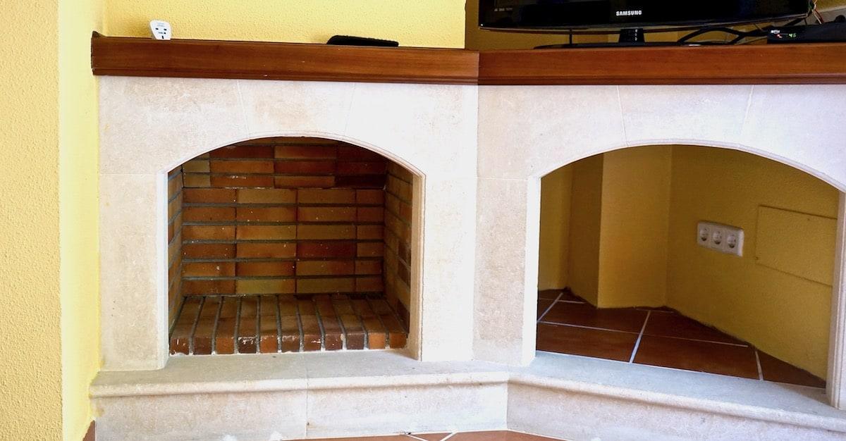 Alcudia, Mallorca: Schöner Kamin! – Foto: Beate Ziehres