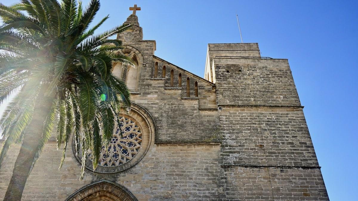 Kirche Sant Jaume in Alcúdia, Mallorca – Foto: Beate Ziehres