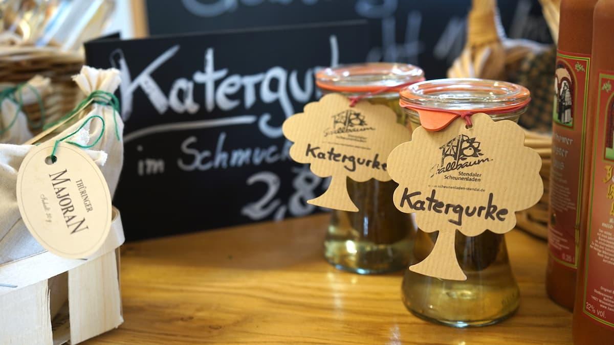 Altmark, Stendal: Katergurke im Hofladen Stallbaum. Foto: Beate Ziehres