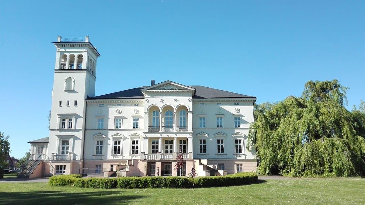 Altmark, Drömling, Schloss Kunrau, Gartenansicht. Foto: Beate Ziehres