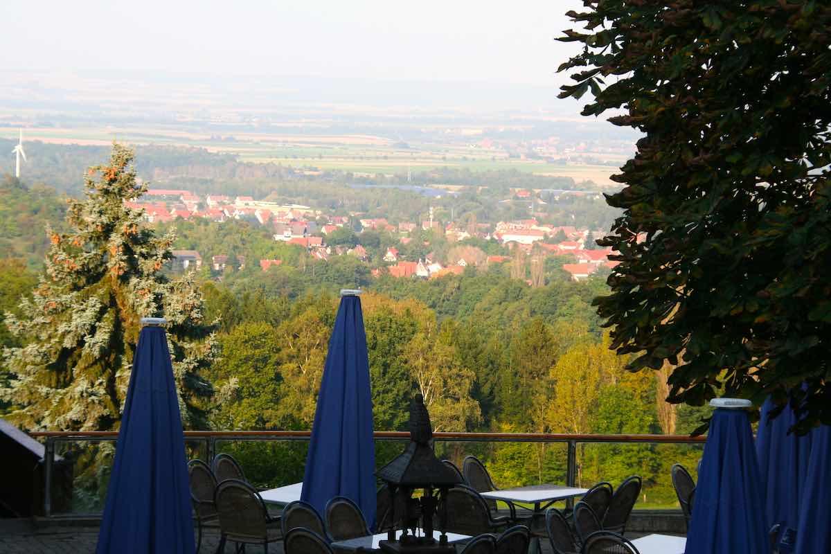 Tolle Aussicht auf Bad Harzburg am Café Goldberg – Foto: Beate Ziehres