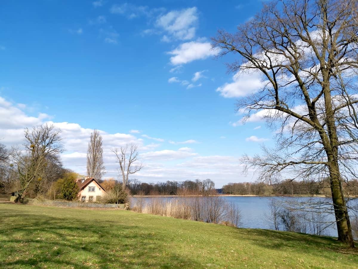 Potsdam, Brandenburg: Heiliger See. Foto: Beate Ziehres