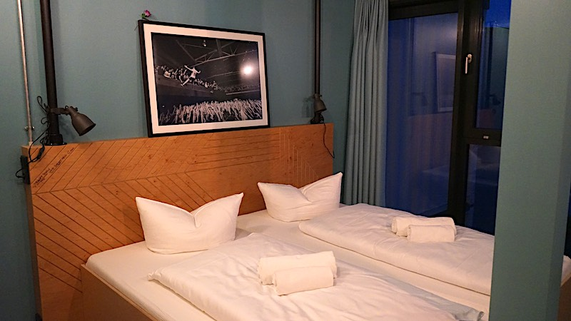 Bett in der Feine-Sahne-Fischfilet-Suite