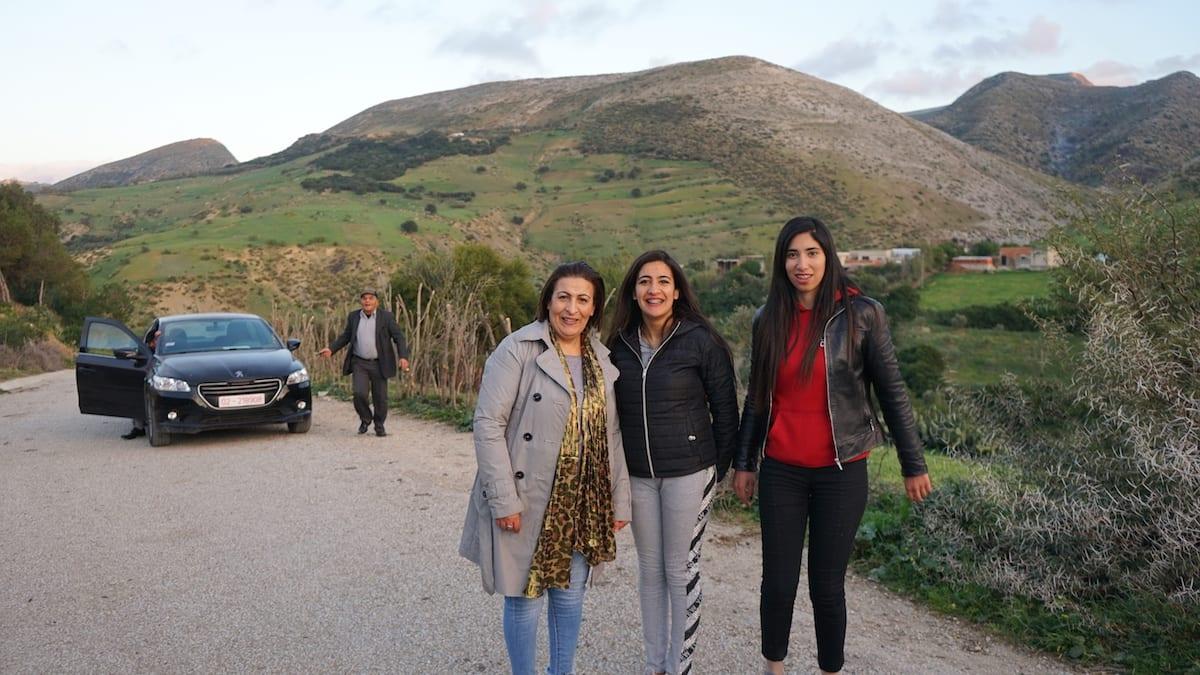 Bürgermeisterin von Ghezala, Tunesien, und ihre Töchter. Foto: Beate Ziehres