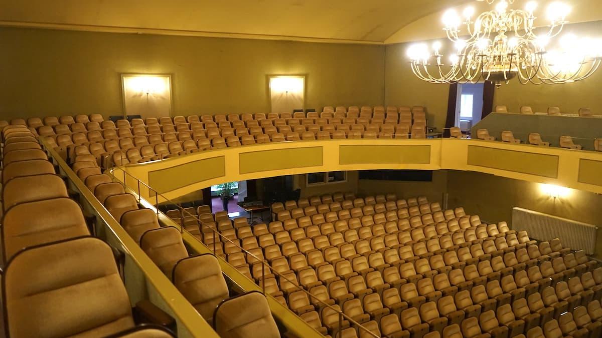 Brunnentheater innen. Foto: Beate Ziehres
