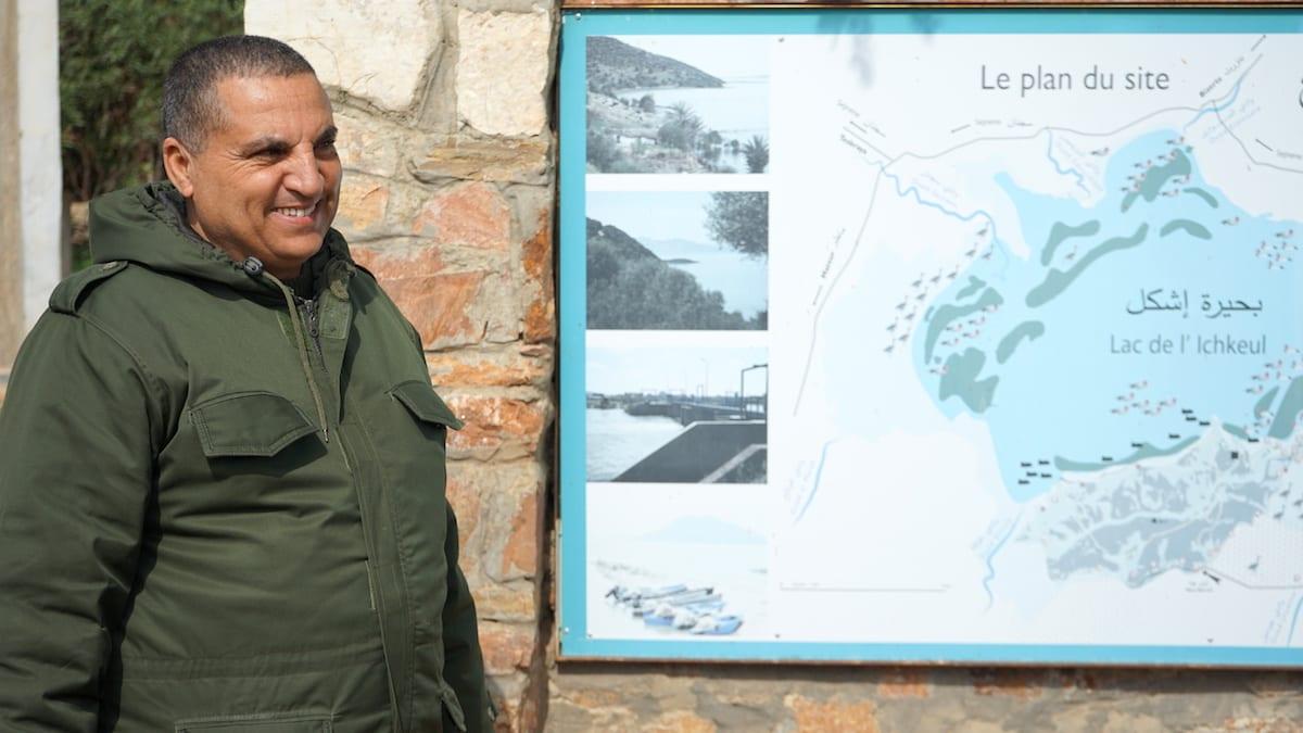 Ranger Rejeb Borni empfängt Urlauber im Nationalpark Lac Ichkeul im Norden von Tunesien. Foto: Beate Ziehres
