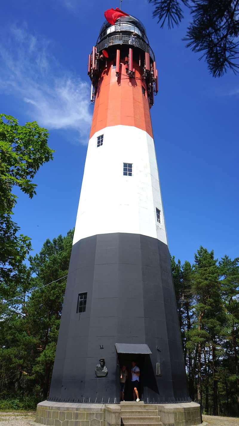 Der Leuchtturm von Stilo an der polnischen Ostsee – Foto: Beate Ziehres