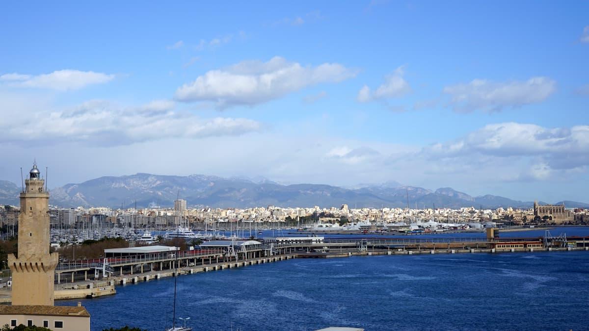 Palma de Mallorca im Winter, vom Castell Bellver aus gesehen. Foto: Beate Ziehres