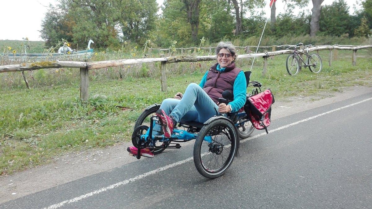 Mecklenburg-Vorpommern barrierefreier Urlaub: Liegerad fahren auf der Insel Poel. Foto: Annette Rösler