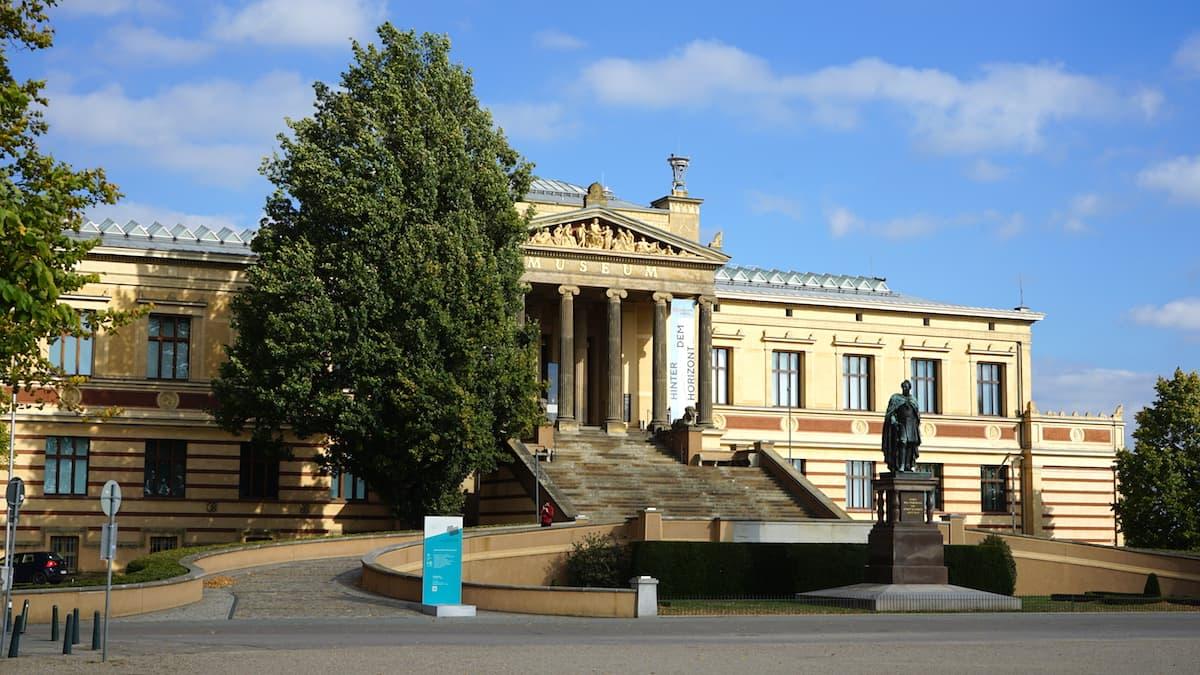 Mecklenburg-Vorpommern barrierefreier Urlaub: Staatliches Museum Schwerin. Foto: Beate Ziehres