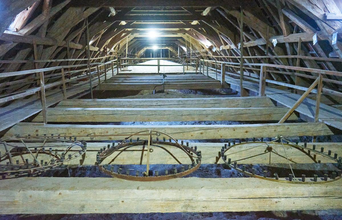 Dom von Naumburg, Dachstuhl. Foto: Beate Ziehres, Reiselust-Mag