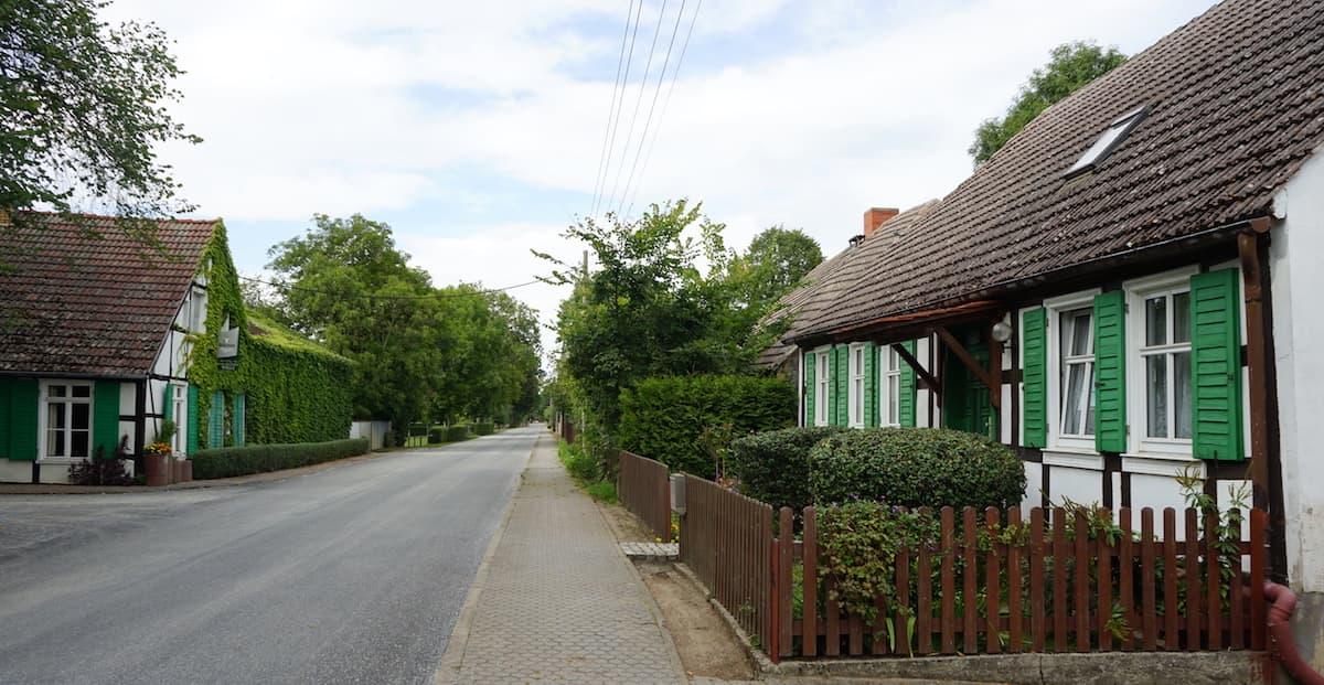 Oderbruch, Neulietzegöricke, Dorfstraße. Foto: Beate Ziehres