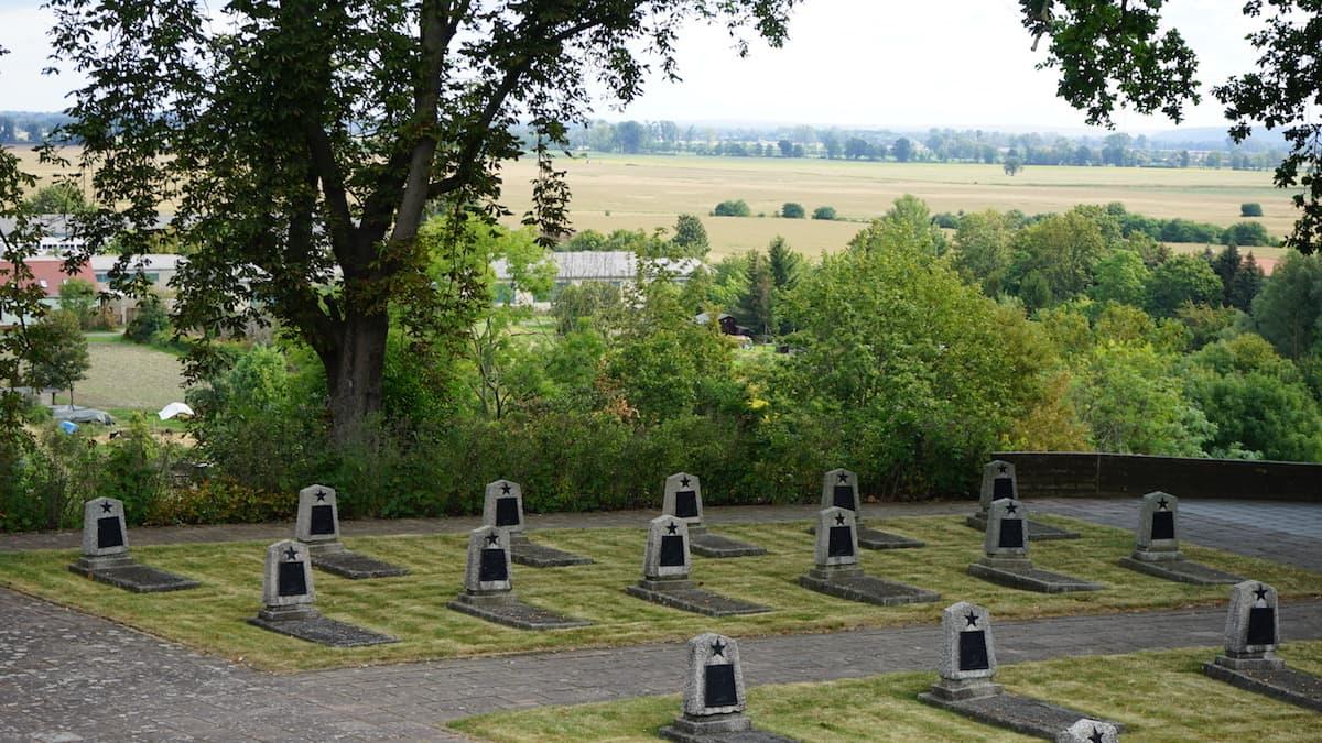 Oderbruch, Seelower Höhen, Kriegsgräberstätte. Foto: Beate Ziehres