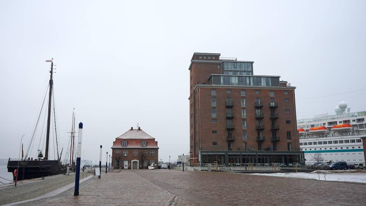 Ohlerich Speicher Wismar am Alten Hafen. Foto: Beate Ziehres