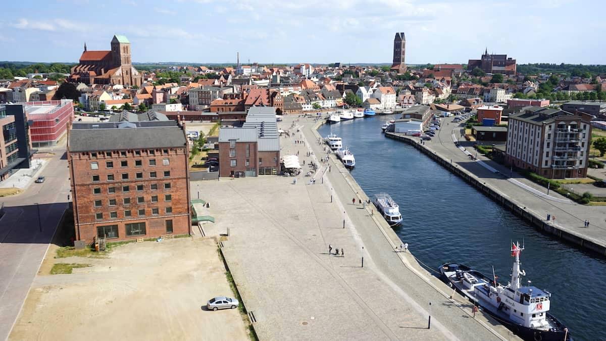 Blick vom Ohlerich Speicher auf den alten Hafen. Foto: Beate Ziehres
