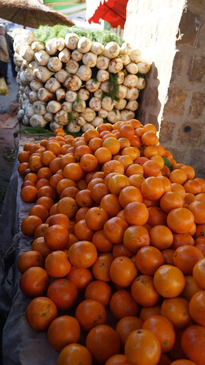 Essen in Tunesien: Orangen und Fenchel auf dem Markt von Tataouine.
