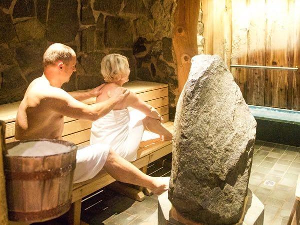 In der Sole-Gabbro-Grotte – Foto: Sole-Therme