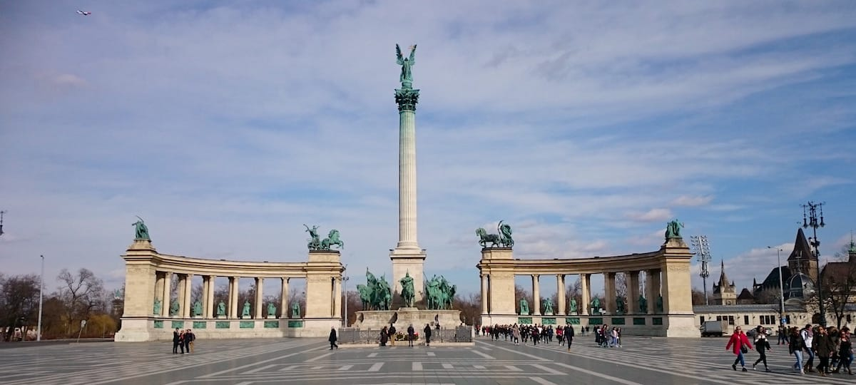 Sehenswürdigkeiten Budapest: Der Heldenplatz – Foto: Lena Ziehres