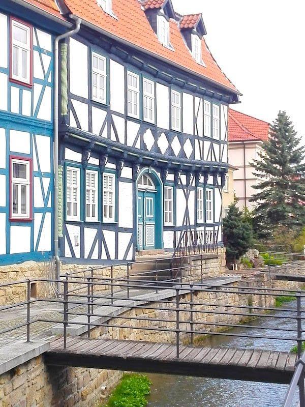 Das Scharfrichterhaus an der Wipper in Worbis, Eichsfeld – Foto: Beate Ziehres
