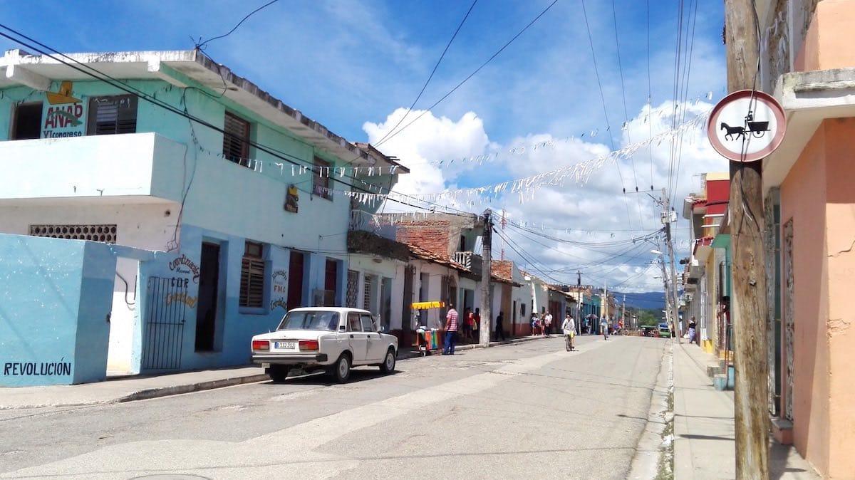 Trinidad, Kuba: Pferdefuhrwerke dürfen in diese Straße nicht rein – Foto: Beate Ziehres