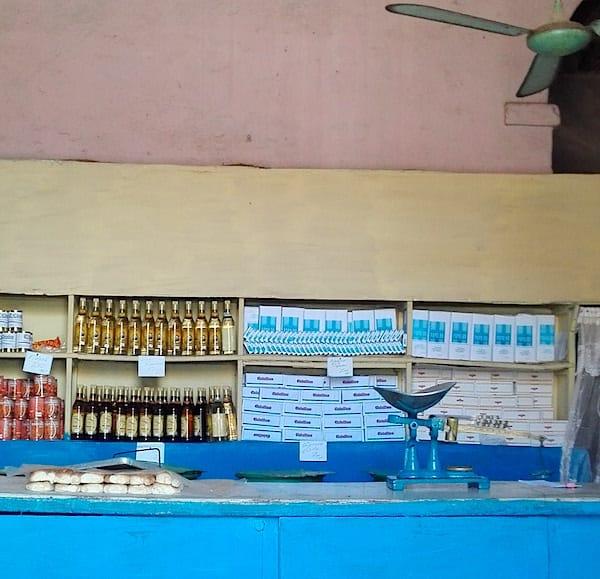 Bedarf des täglichen Lebens in Trinidad, Kuba – Foto: Beate Ziehres