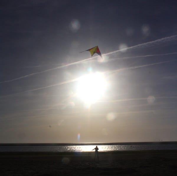 Reiselust-Mag: Drachen steigen lassen am Strand von Langeoog – Foto: Lena Ziehres
