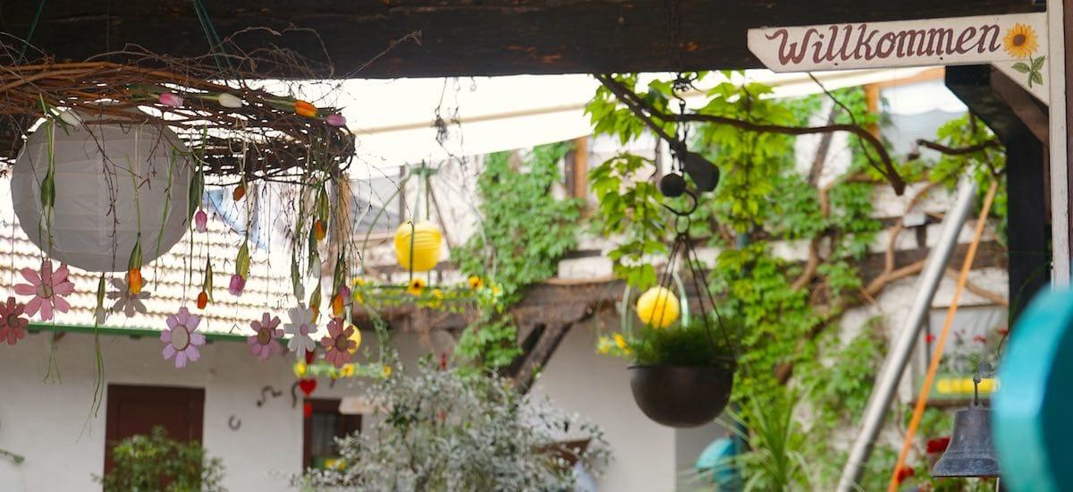 """Impression aus dem Innenhof des """"Ochsen"""" in Müllheim-Feldberg – Foto: Beate Ziehres"""