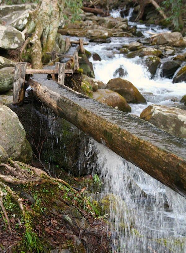 Tennessee: Der westliche Twin Creek bei Gatlinburg als Mühlenbach – Foto: Beate Ziehres