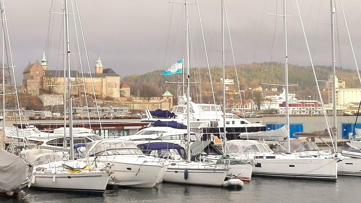 Oslo: Akershus Festung vom Hafen aus gesehen – Foto: Beate Ziehres