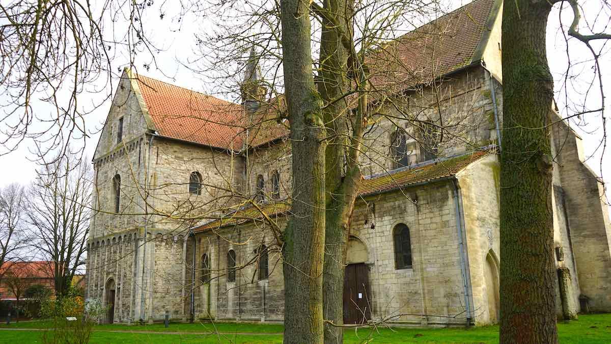 Die romanische Johanniskirche in Süpplingenburg – Foto: Beate Ziehres