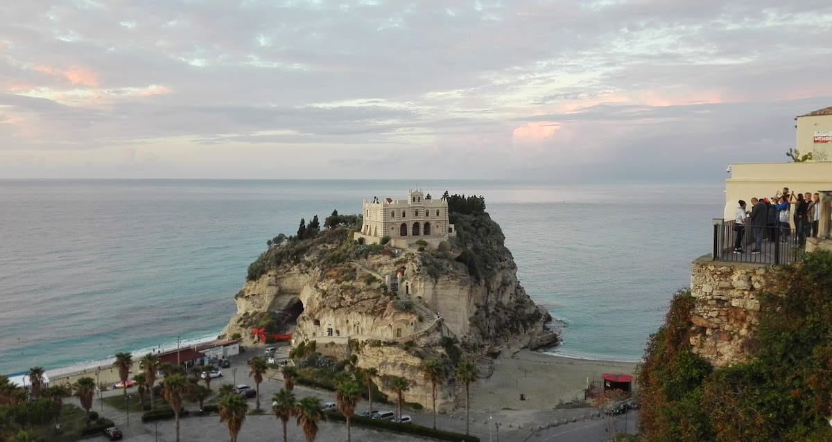 Die Wallfahrtskirche Santa Maria in Tropea, Kalabrien, Italien – Foto: Beate Ziehres