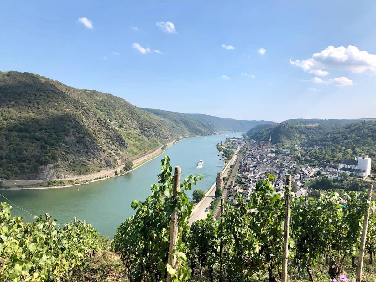 Rheinland-Pfalz: Blick vom Günderodehaus in Oberwesel auf den Rhein. Foto: Petra Bohn