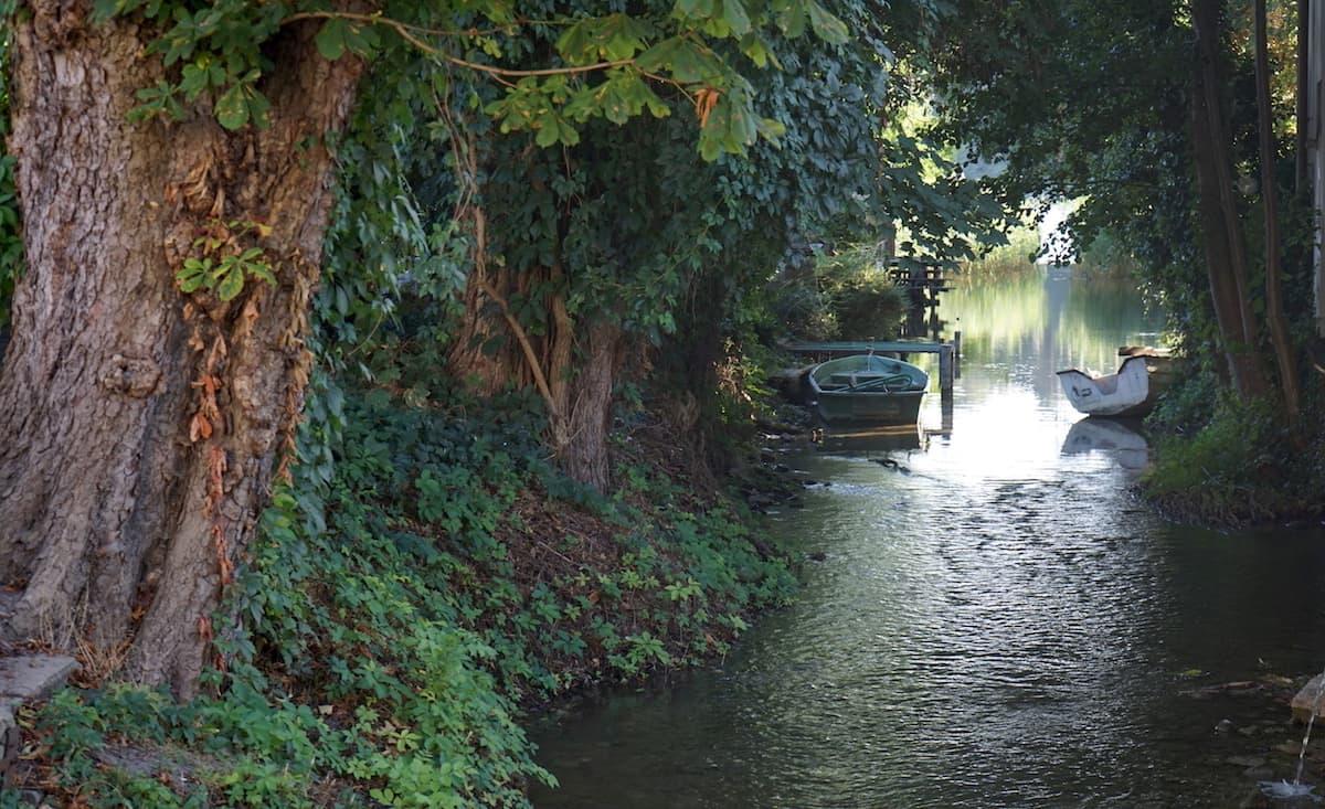 Seenland Oder-Spree, Buckow, Märkische Schweiz, Abfluss Stoiber vom Buckowsee. Foto: Beate Ziehres