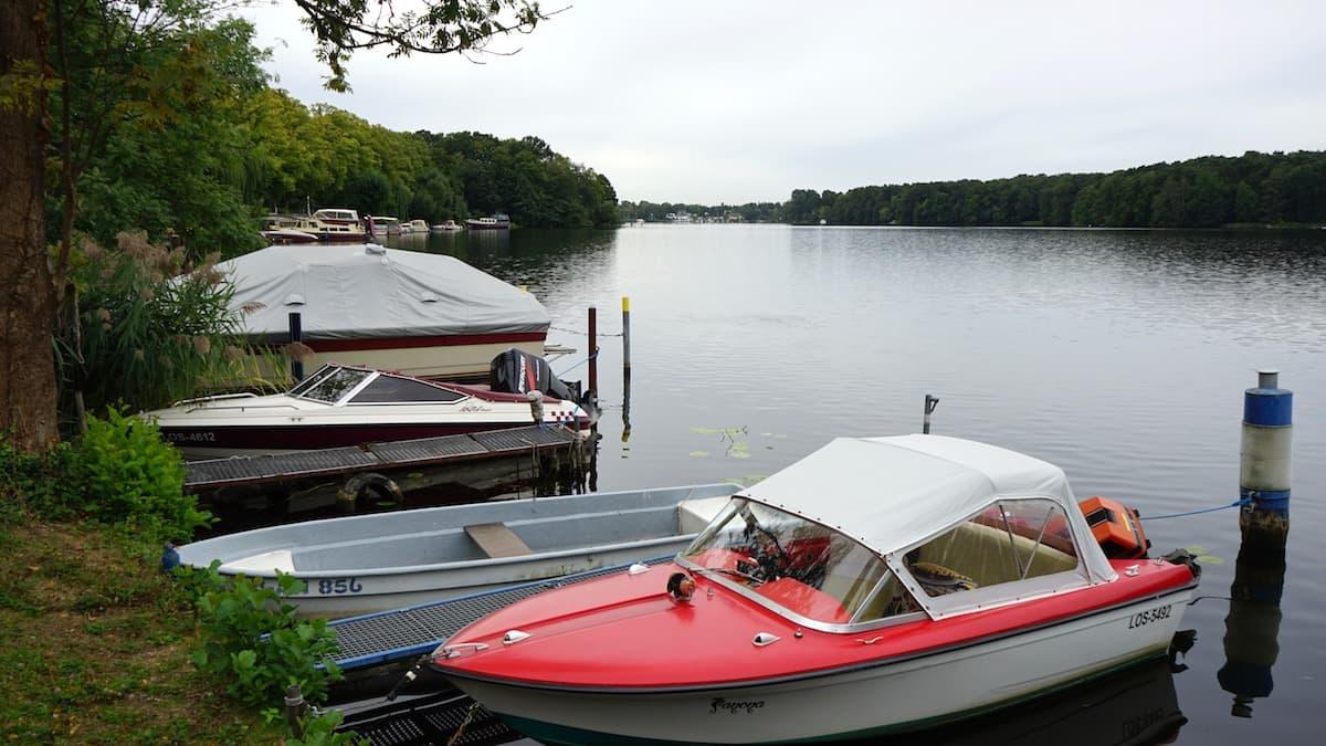 Seenland Oder-Spree, Woltersdorf, Flakensee, Boote. Foto: Beate Ziehres, Reiselust-Mag