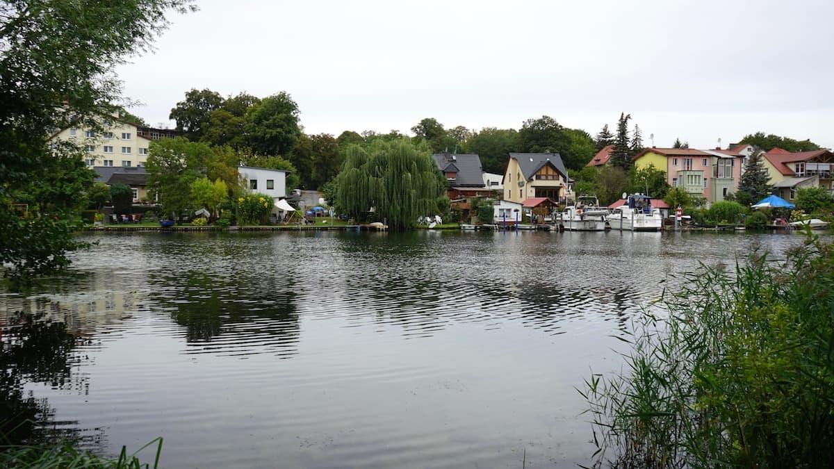 Seenland Oder-Spree, Woltersdorf, Übergang zum Kalksee. Foto: Beate Ziehres, Reiselust-Mag