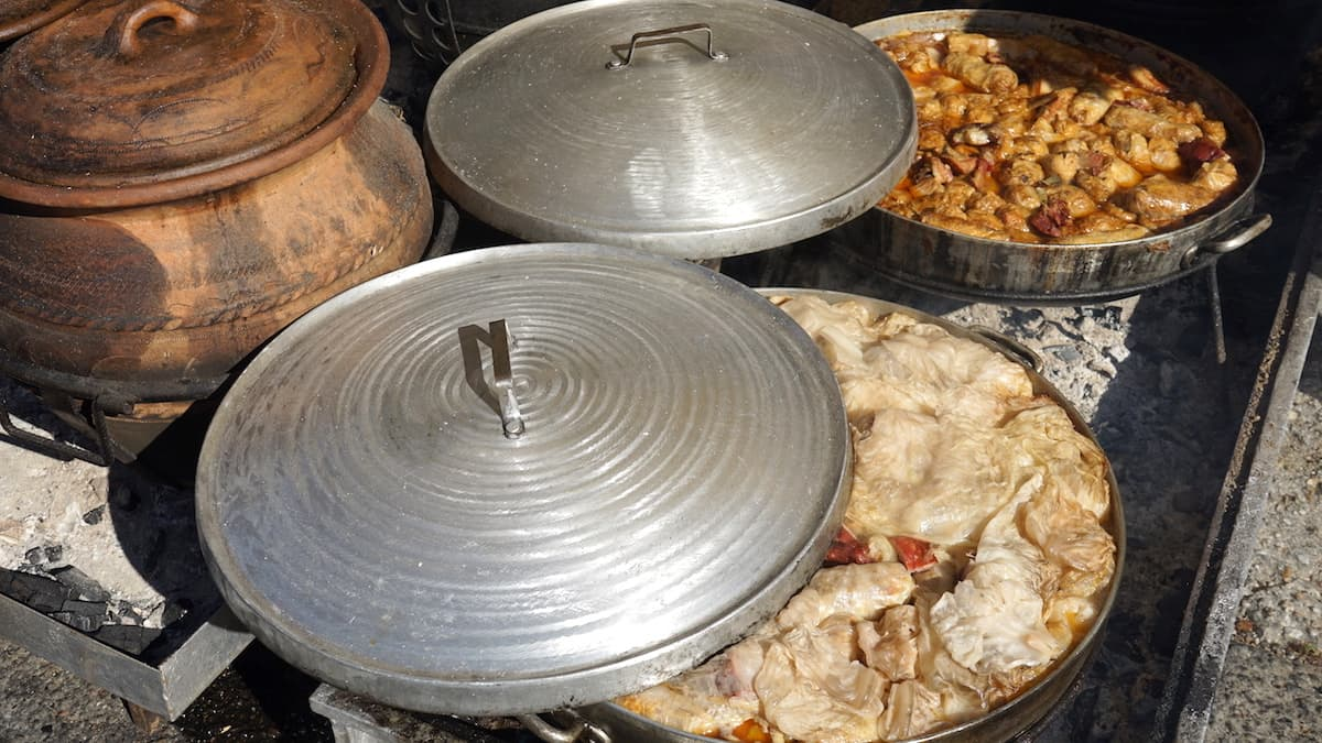 Serbische Küche: Topola Weinfestival, Serbien. Foto: Beate Ziehres