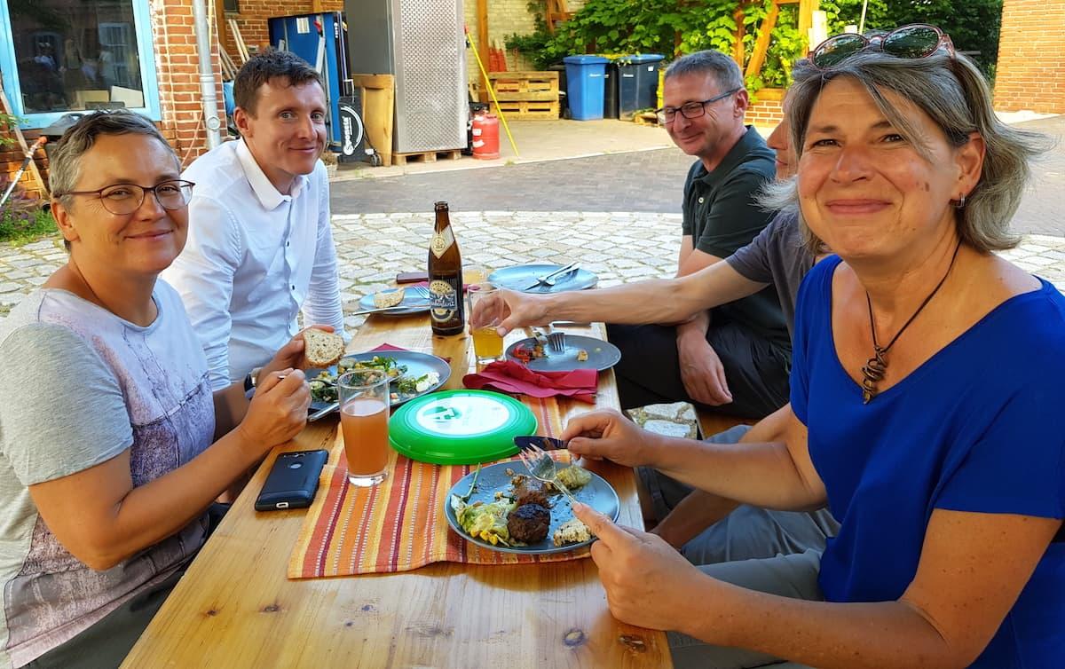Tangerhütte, Schernebeck. Schmeckt! Foto: Björn Gäde