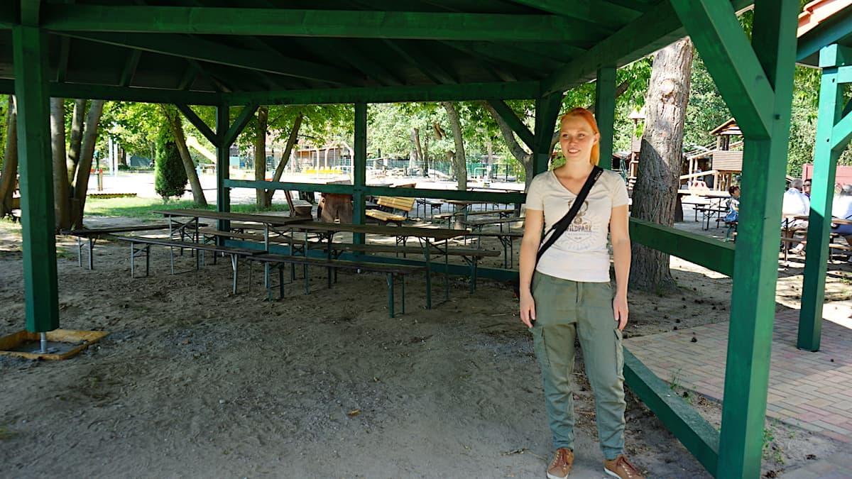 Tangerhütte, Weißewarte: Neuer überdachter Grillplatz im Wildpark. Foto: Beate Ziehres