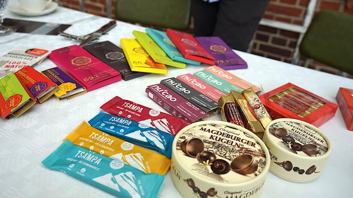 Schokoladenspezialitäten aus der Konditorei Stehwien in Tangermünde. Foto: Beate Ziehres