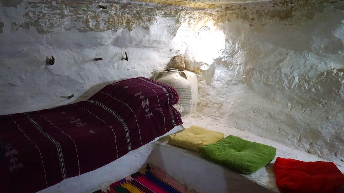 Tunesien, Star Wars Drehorte: Leben wie Luke Skywalker und Prinzessin Leia in einer Höhlenwohnung – im Süden Tunesiens ist das vielerorts möglich. Beispielsweise am Originaldrehort im Hotel Sidi Driss in Matmata.