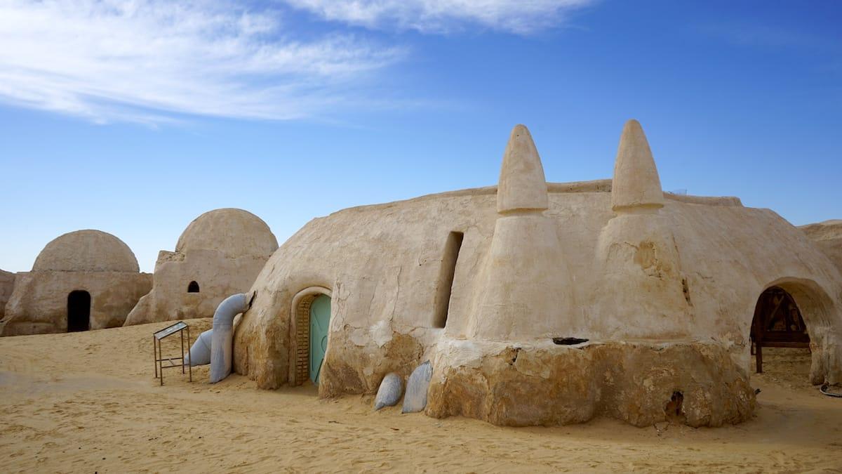 Wattos Schrottladen in Mos Espa, dem Star Wars Drehort bei Nefta im Westen Tunesiens.