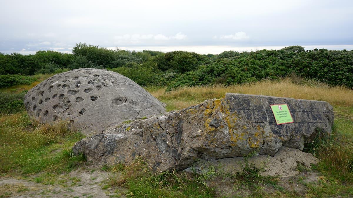 Wangerooge: gesprengter Bunker – Foto: Beate Ziehres