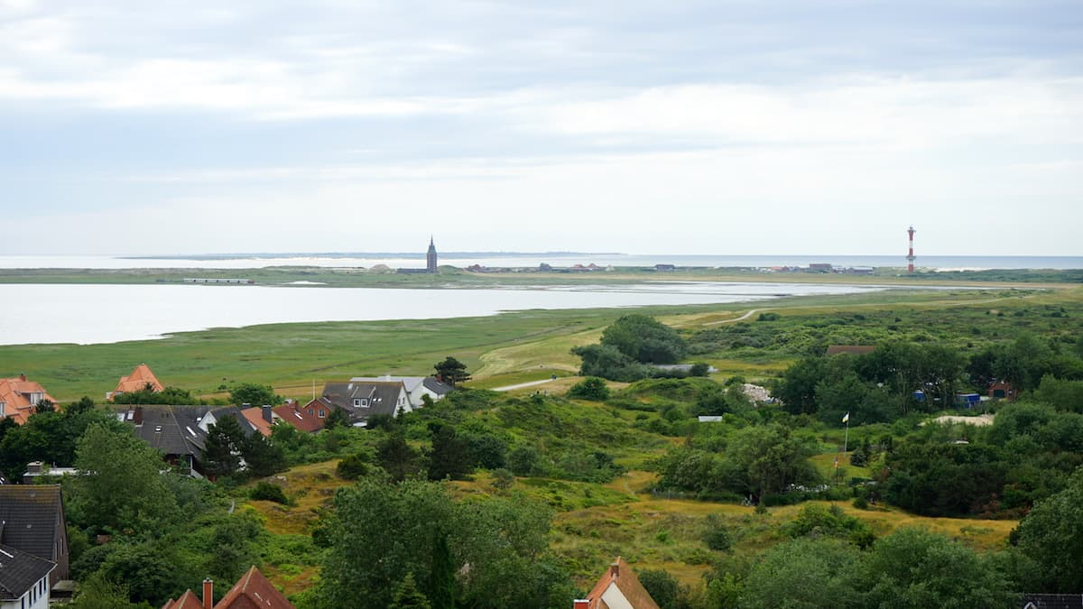 Wangerooge – Westteil der Insel vom alten Leuchtturm aus gesehen – Foto: Beate Ziehres