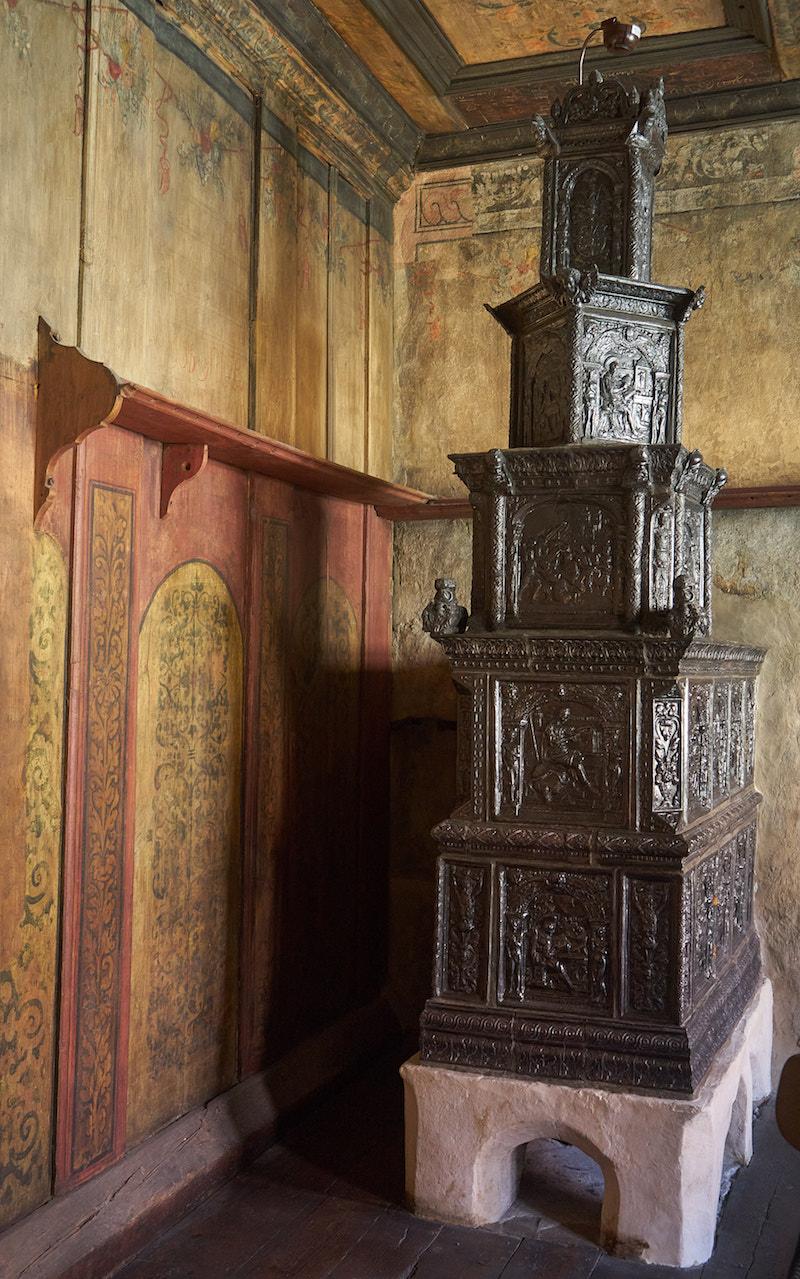 Ofen in der Lutherstube, Welterbe Sachsen-Anhalt. Foto: Beate Ziehres