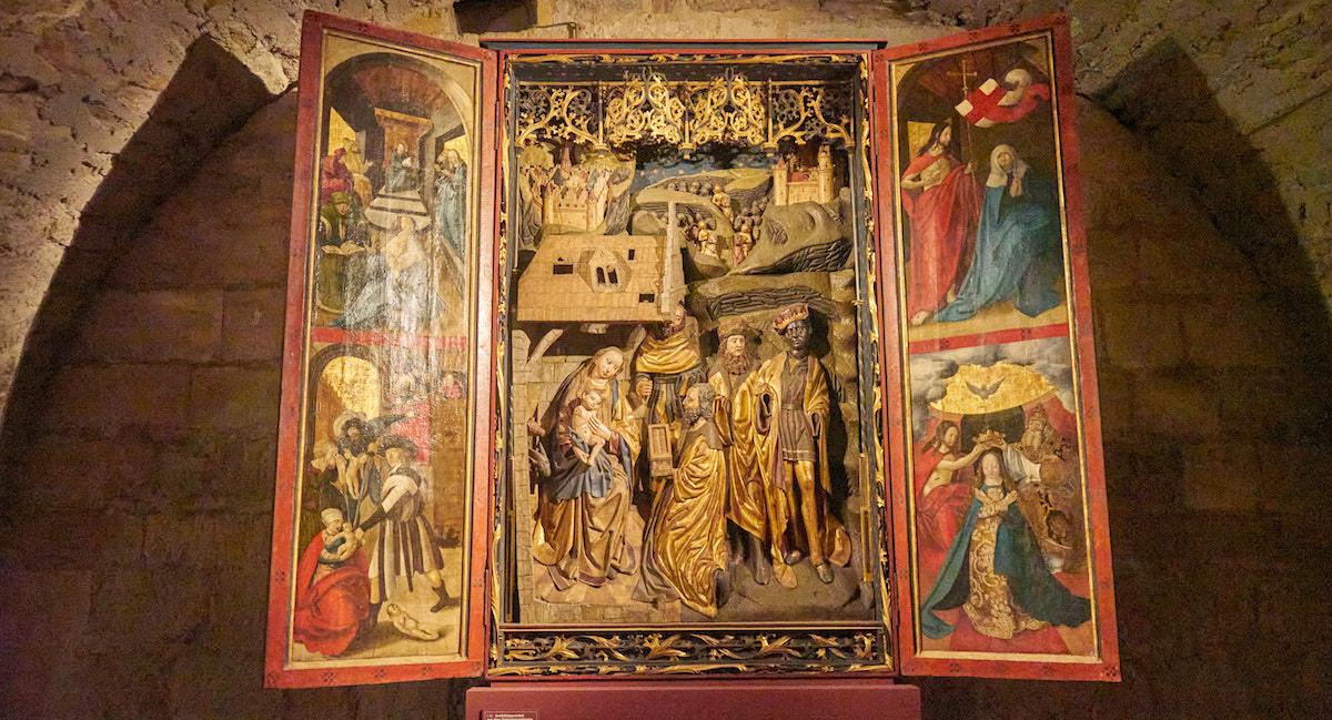 Im Domschatzgewölbe des Naumburger Doms. Foto: Beate Ziehres