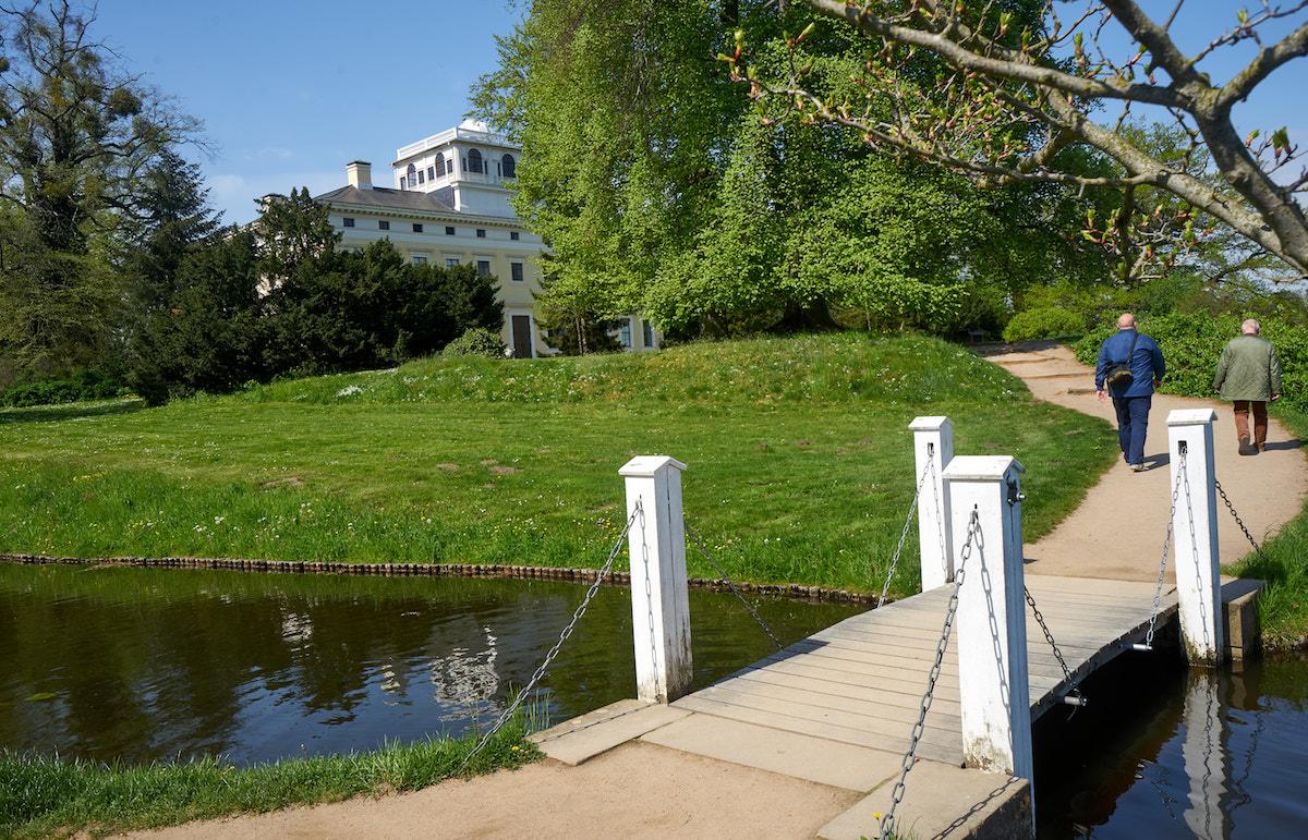 Zugbrücke im Wörlitzer Park. Foto: Beate Ziehres, Reiselust-Mag