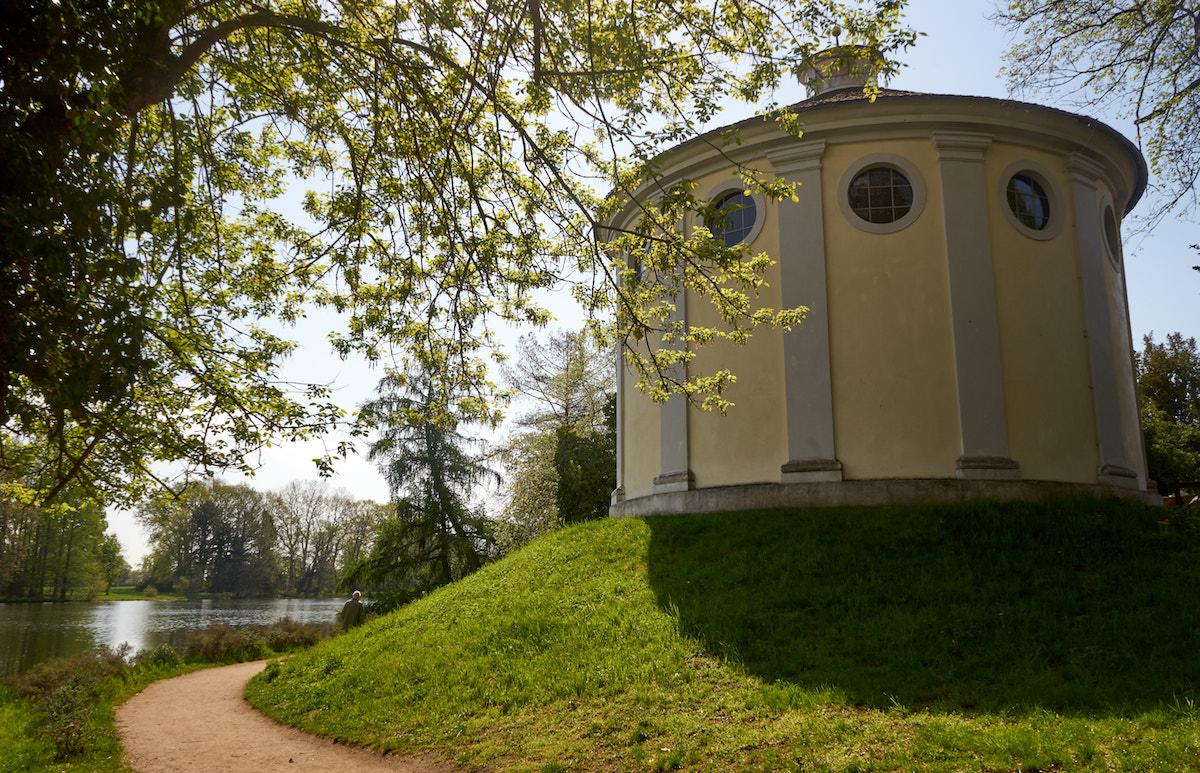 Wörlitzer Park, Synagoge, Welterbe Sachsen-Anhalt. Foto: Beate Ziehres, Reiselust-Mag