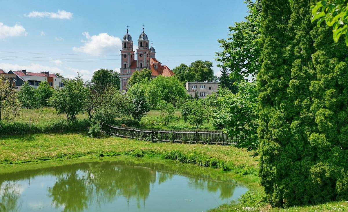 Ehemalige Bernhardinerkirche in Sieraków. Foto: Beate Ziehres, Reiselust-Mag