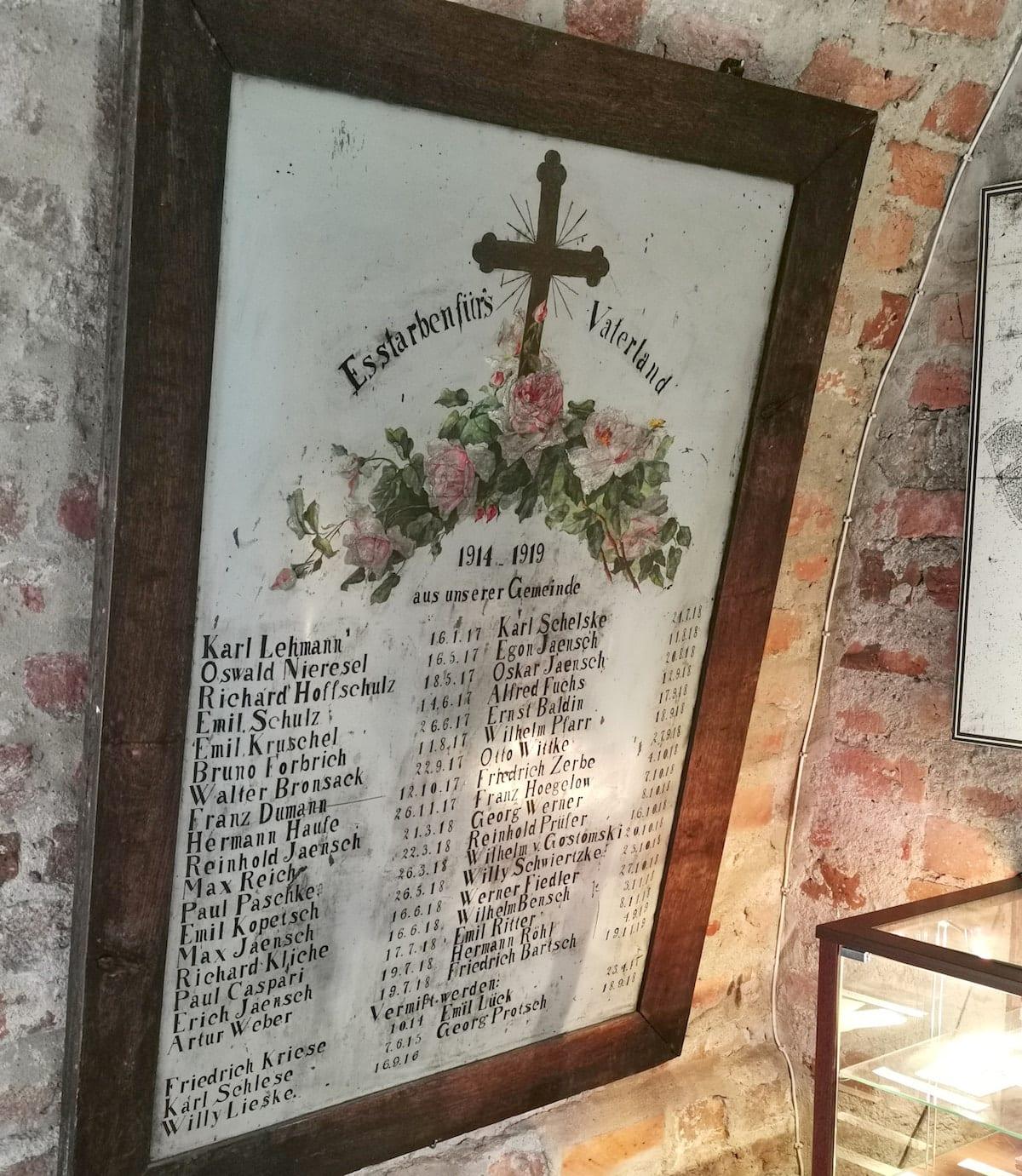 Gedenktafel im Museum in Sieraków. Foto: Beate Ziehres, Reiselust-Mag