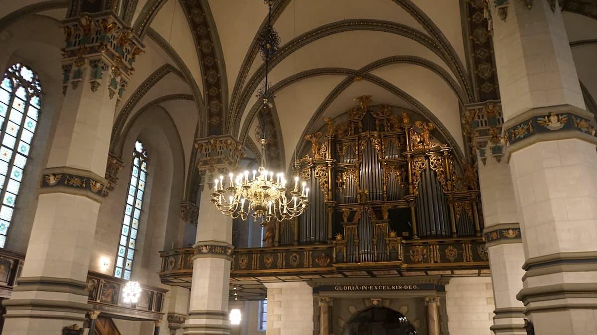 Wolfenbüttel, Hauptkirche BMV, Blick zu Orgel.